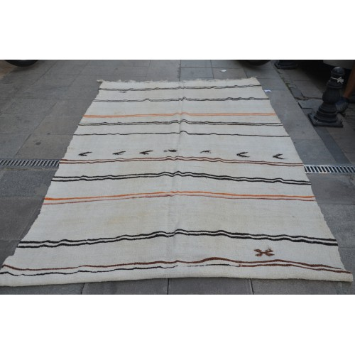 White Stripe Hemp Rug