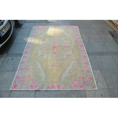 Beige and Pink Oushak Rug